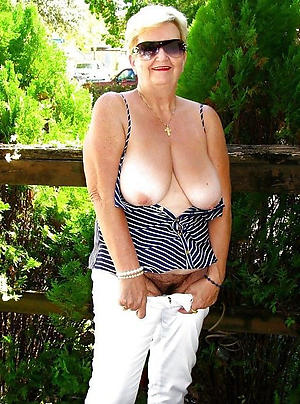 grannies with glasses porn pictures