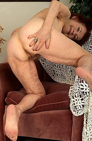 free pics of nude grandmother