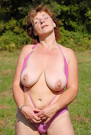 mature outdoor nudes private pics