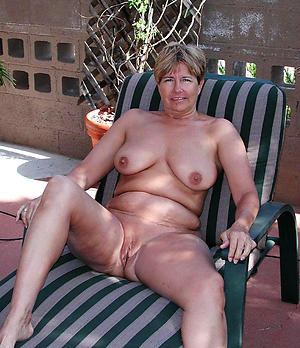 naked mature outdoors porn glaze