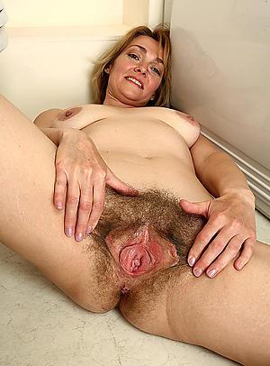 undecorated pics be advantageous to jocular mater vulva