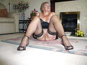 sex galleries be fitting of grannies there stockings