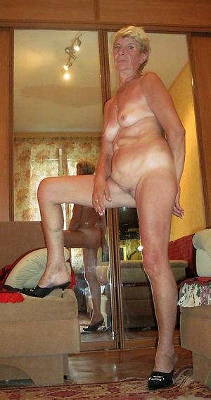 xxx granny with small tits porn pic