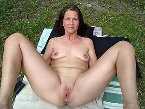 granny with epigrammatic tits amateur pics