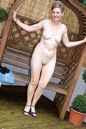 porn pics of granny with laconic tits