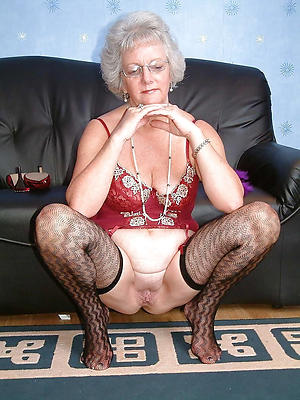 nude pics of shaved granny pussy