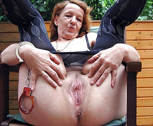 amazing shaved granny pussy