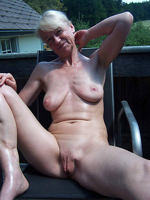 shaved granny cunt love porn