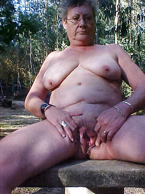 nude pics of sexy older grannies