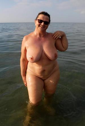 older women while away porn pics