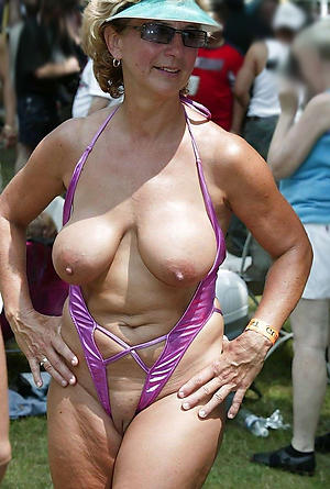 xxx older women in bikinis nude pics