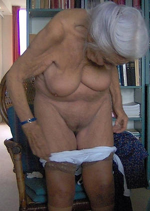naked very old granny pic