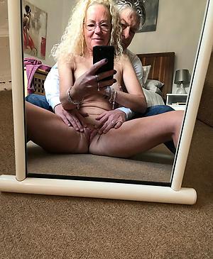 older women nude selfshots amateur pics