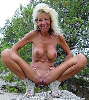scrawny older women porn pics