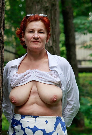 older women with big nipples porn pics