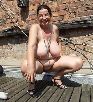 amateur granny nude girlfriends pics