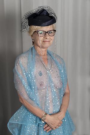 older lady pussy porn pics