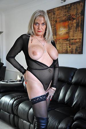 beautiful granny pussy porn pics