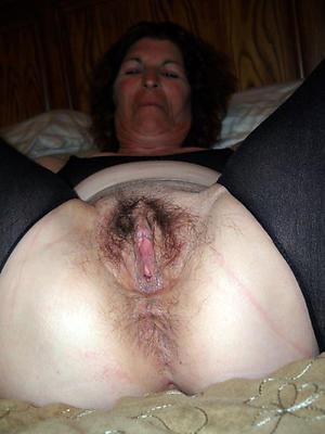 old women cunts posing nude
