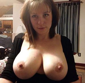 xxx older women with beamy tits nude pic