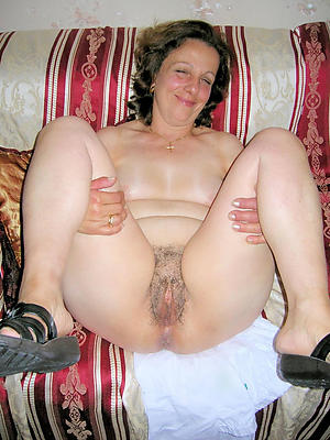 off colour old naked women porn pics