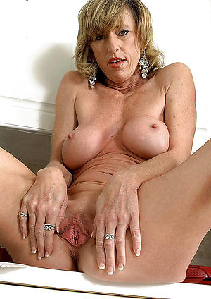 moms old pussy porn pics