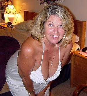 moms old pussy reticent pics