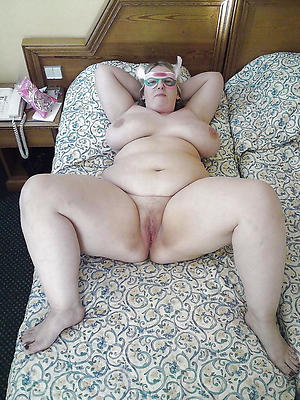 nude pics of chubby grannies