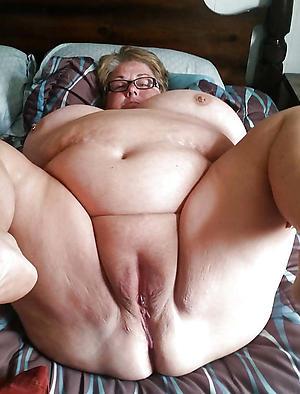 Chubby Gilf - Chubby Granny Nude Pics, Granny Porn Photos
