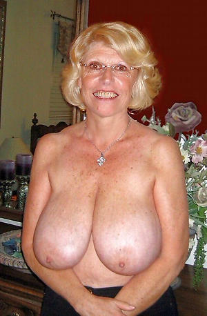older muted pussy free pics