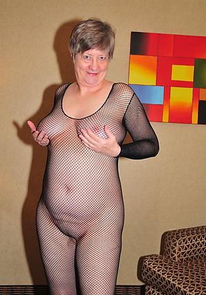 nude sex-mad older women pics