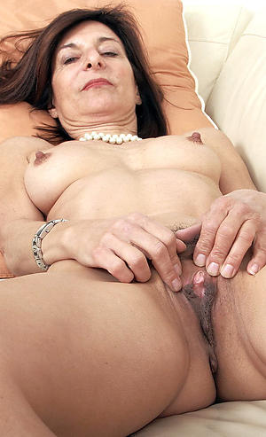 nude pics of sexy matriarch cunts