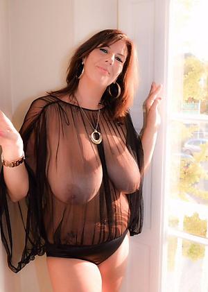 hotties busty grannies nude pic