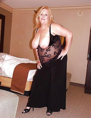 naked busty grannies pics