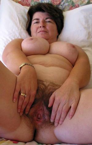 busty mature granny porn pics