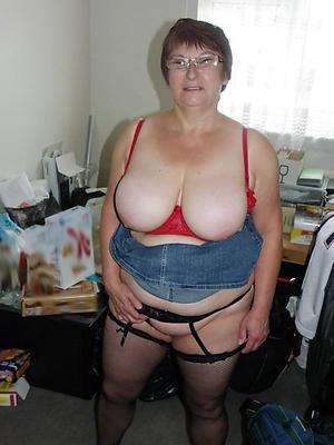 nude busty grannies pics