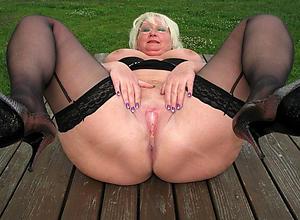 nude granny vulva