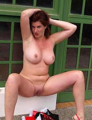 nude old mom pics