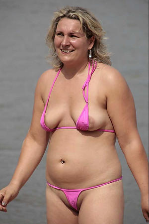 sexy women relative to bikinis sex pics