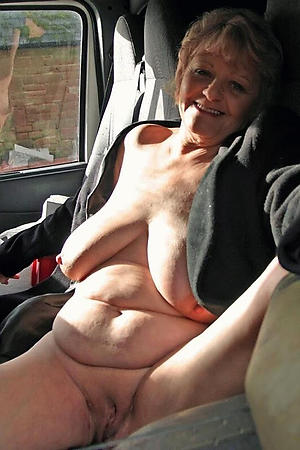 nude sexy busty grannies