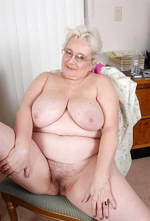 easy pics of naked granny with glasses