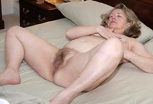 nice experienced hairy pussy porn pics