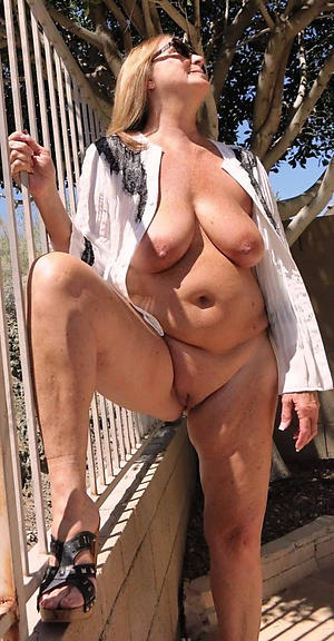 sexy pictures of granny in sight