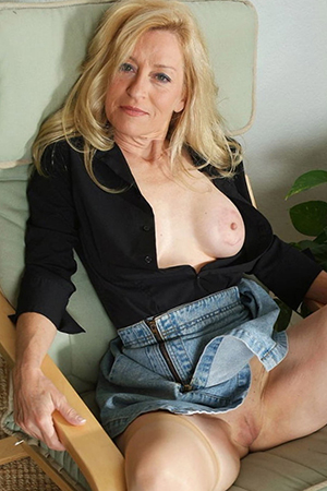 porn pics of old blonde unspecific