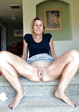 sexy old women legs amateur slut