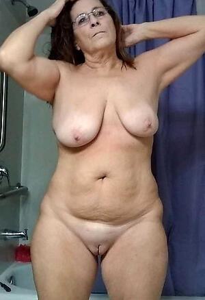 Nackt bilder grannys Hot Pics