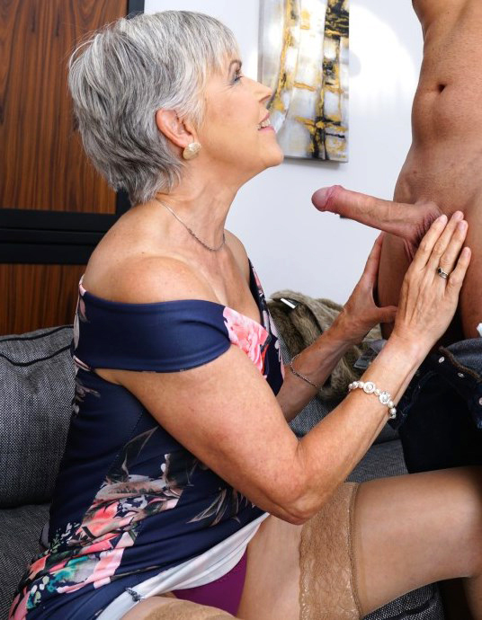 Pics mature nude Mature Pussy
