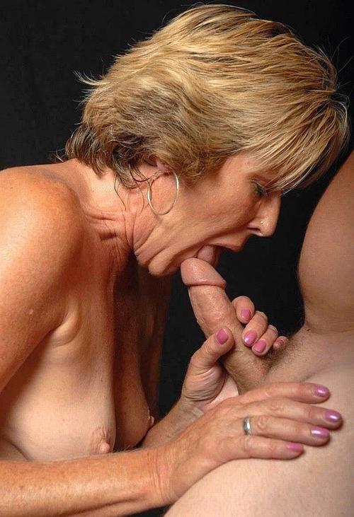 Mature Moms Giving Head